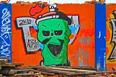 Grön gubbe (Quo Vadis2010) Tags: art tom painting graffiti se ruins paint grafitti message sweden empty konst doodle graffitti expressive scrawl lonely sverige solitary revolt scribble halmstad tegel disrepair klotter halland industri industrialruins unoccupied ödslig måla målning bostäder rivning förfall övergiven bruk kludd väggmålning budskap slottsmöllan abandonedruin tegelbruk spraya meansofexpression affärer självförverkligande enslig övergivenindustri industriiförfall municipalityofhalmstad formerbrickworks youthrevolt halmstadkommun norrainfarten wayofexpressingoneself uttrycksform sättattuttryckasig ungdomsrevolt synliggörande industryindisrepair föredettategelbruk underrivning kommandebostadsbebyggelse spreja konstnärligayttringar slottsmöllansbruk