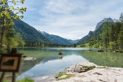 malerische Aussicht (hellrac3r) Tags: mountain lake berg germany bavaria berchtesgaden frhling hintersee