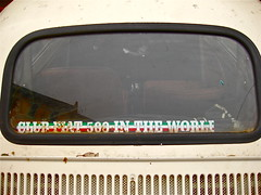 Club Slogan (ClassicsOnTheStreet) Tags: italy rome detail roma classic car italia fiat oldtimer streetphoto spotted 500 veteran slogan streetview fiat500 500club itali straatbeeld minicar strassenszene aircooled 2016 klassieker 500l gespot automobiel fiatclub luchtgekoeld straatfoto 2cylinder giacosa 19681972 carspot nuova500 dantegiacosa 2cilinder fiat500club classicsonthestreet roma9e0328 9e0328roma viagiovannivilleschi