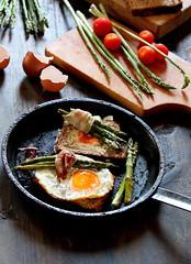 Breakfast this morning (Inka56) Tags: asparagus eggs bread breakfast
