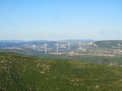 Viaduc de Millau vu depuis l'aire de Montjaux, (VP-12) Tags: pont viaduc aveyron viaducdemillau montjaux