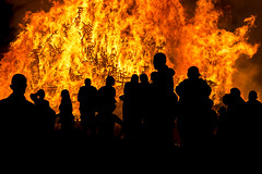 Into the Fire (Stig-Arve Holmem) Tags: fire bonfire flames burning crowd people person black orange dark light silhouette warm heat midsummer midsummerseve lesund norway slinningen canon eos 70d 18135mm stm cool intense hot fiery slinningsblet