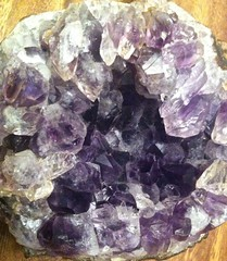 Geode with violet colours. (Andy panomaniacanonymous) Tags: geode violet ggg vvv 20160715