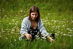 Thoughts, flowers and a pretty woman (Photography by Eric Hentze) Tags: gedanken blumen thought flower girl woman frau mdchen wiese gras sachsen deutschland germany saxony natur nature nikon nikond7100 erichentze people peoplephotograrphy human menschen outdoor leipzig auensee mehrfarbig grn colorful colour d7100 modelkatja