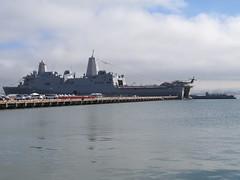 USS San Diego (LPD22) and LCU 1665 (Pest15) Tags: unitedstatesnavy usnavy usssandiego lcu1665 landingcraft warship navy vessel craft boat ship fleetweeksanfrancisco2016 sanfrancisco