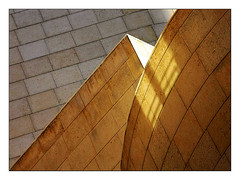 volumes et lumires (Marie Hacene (trs occupe, fait des licences de) Tags: cinemathque architecture volume lumire ombres