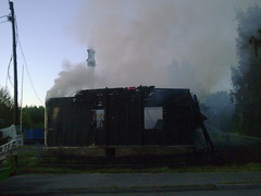 Kuva071 (3) (SSBBSBSSBSBS) Tags: house fire smoke smudge burning destroyed burned
