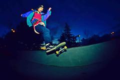 Night out (Sebastian Barrios) Tags: blue night nikon skateboarding flash fisheye skateboard trick truco patineta rokinon trucko d3100