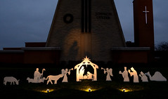 Christmas Around Town (chrishowardphotography.com) Tags: christmaslights christmasdecor christmasornaments christmasphotography christmasaroundtown christmasatmalone