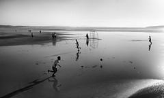 Essaouira FC (* onda *) Tags: ocean beach marocco shadowsreflections essaouirafootballclub