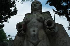Statue - Mexico City-La Condessa (redyamflan) Tags: statue mexicocity lacondessa geocity exif:make=fujifilm camera:make=fujifilm geostate geocountrys exif:aperture=ƒ56 fujixpro1 exif:lens=xf35mmf14r camera:model=xpro1 exif:model=xpro1 exif:focallength=35mm exif:isospeed=320