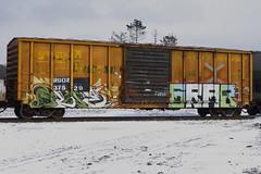 Sloe Grab (BombTrains) Tags: road railroad family art train bench graffiti paint tag graf rail zee spray cym graff grab freight sloe fr8 2013 ruen benching irysh enyhs