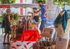 Pyrénées. Campan. Sur le marché. (henrye72) Tags: architecture montagne marché halle paysages tourisme pyrénées charcuterie cliente vallées hautespyrénées campan alcools producteurs bérets 2013voyage