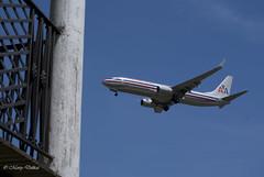 Final Approach (grayhare2014) Tags: sky philadelphia plane fence fort balcony sony revolutionarywar americanairlines fortmifflin martydelikat