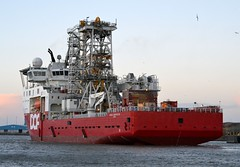 Skandi Constructor.. Blyth 241214 (silvermop) Tags: sea port river boats ship offshore ships blyth offshorevessels skandiconstructor