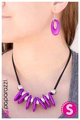 1214_neck-purplekit2amay-box01