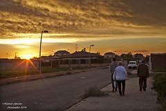 Puesta de sol con paseo en Caada Rosal (MANUEL GARCA LEN) Tags: familia lugares calles caadarosal carrosaleos