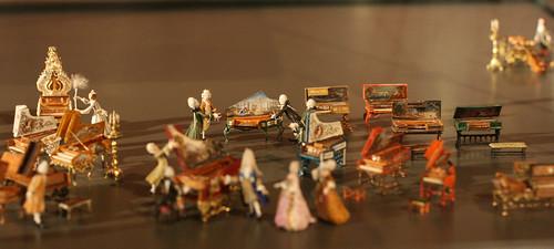 Rococo en miniature - Musikinstrumentensammlung