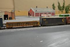 DSC_0023 (RustBeltRailroad) Tags: railroad scale train michigan system co gondola boxcar ho chessie