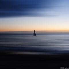 Au fil de l'eau (Isabelle Photographies) Tags: mer france eau normandy voile calme minimaliste reposant srnity
