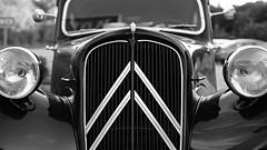 Citroen (jtr27) Tags: classic car canon 50mm automobile f14 sony citroen 1954 citron alpha manualfocus a7 csc fd ilce alpha7 nfd fdn mirrorless jtr27 ilce7 dsc02343e
