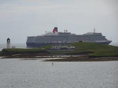 Cunard Queen Elizabeth liner off Arnish, Stornoway - taken from Caledonian MacBrayne MV Loch Seaforth (iainh124a) Tags: uk scotland sony cybershot cunard sonycybershot oceanliner cruiseliner arnish stornowayharbour iainh124a dx90 dschx90 dschs90v dx90v