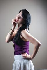 1 (CeriseBleuePhoto) Tags: portrait pose femme violet jupe