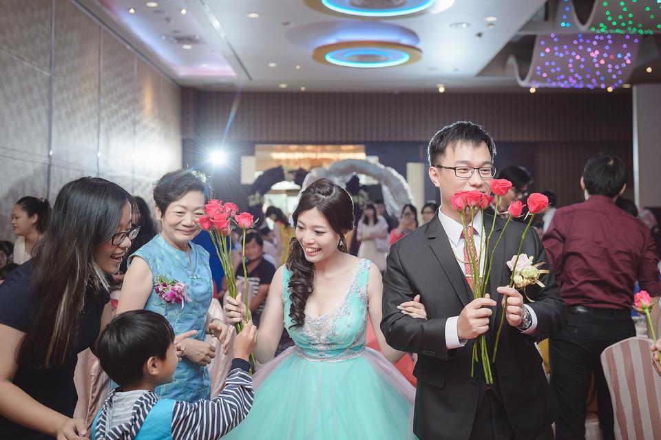 婚禮攝影-台南情定婚宴城堡永康館-60