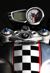 2012-Triumph-StreetTriple-Ace675CRSpeciald