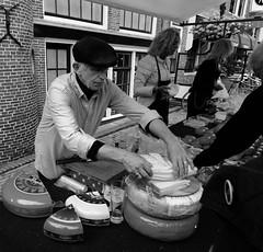 (Miranda Ruiter) Tags: seller cheesemarket kaasmarkt alkmaar