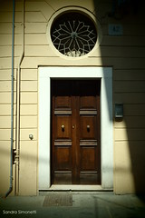 A spasso per Brescia (sandra_simonetti88) Tags: brescia brixia lombardia lombardy italy italia door porta portone entrance entrata ingresso entry doortrait
