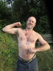 IMG_0997 (griffpops_deptford) Tags: cobham shirtlessmen menwithbeards kentchurches