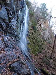 PB251460 (etbright) Tags: autumn cliff fall water leaves landscape waterfall high falls foliage cascades flowing sillbranch