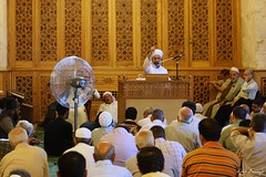 Escuchando al Imn - Alepo, Siria (Luis Bermejo Espin) Tags: travel islam siria sunnies imanes imn chiies muslins corn musulmanes alepo islam