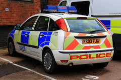 Northamptonshire Police Ford Focus Incident Response Vehicle (PFB-999) Tags: ford car lights northampton focus northamptonshire police headquarters vehicle bulbs hq irv beacons incident northants hatchback workshops response unit lightbar rotators parcelshelf ks03fja