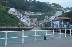 Cudillero (Cazador de imgenes) Tags: street autumn espaa port puerto photo spain nikon streetphotography asturias otoo streetphoto espagne cudillero spanien spagna spanje spania 2014  spange d7000