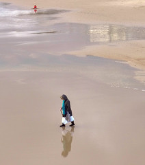 LX7  Heading for waters edge. (Seaton Carew.) Tags: watersedge lowtide bournemouth onmyown madeit meandmyreflection lumixdmclx7