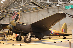 IMG_3668   de Havilland Mosquito Bomber, in service 1941 to 1963 (SomeBlokeTakingPhotos) Tags: aircraft aviation touristattraction warbird raf cosford militaryaircraft aircraftmuseum royalairforce