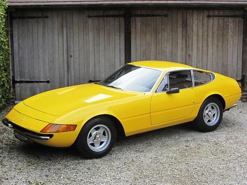 Ferrari 365 GTB/4 Daytona (1972).