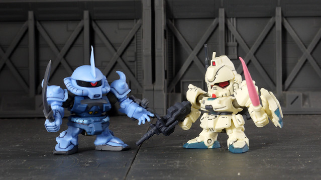 Gouf Custom VS. Gundam Ez8