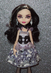 Duchess 8 (Veni Vidi Dolli) Tags: dolls mattel everafterhigh duchessswan