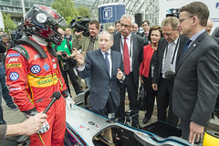Jean Todt discussing with the ministers