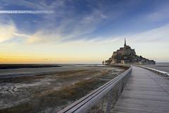Mont St-Michel (David-Martinelli-Photos.net) Tags: sunset bretagne breizh normandie sunsetlight coucherdesoleil montstmichel montsaintmichel bzh lemont lumireducouchant couleursducouchant sonya7r sonyfe28f2