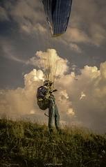 Matriser son Aile (Frdric Fossard) Tags: texture nature sport montagne vent grain ciel soaring nuage aile parapente abstrait hautesavoie dcollage surraliste vollibre samons ffvl chardonnire parapentise