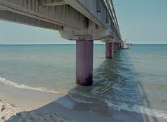 Seebrcke Ghren (pixel-art) Tags: sea germany fuji balticsea baltic f16 rgen strandbad ghren mamiya645protl 160ns sekorc4528