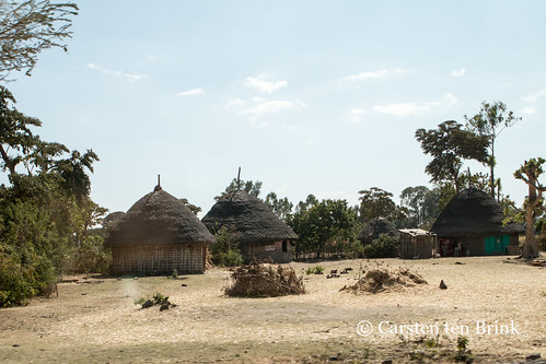 The round huts of the Alaba / Halaba ethnic group