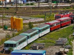 Schienenbusparade in Ulm (TrainspotterLitchi) Tags: alt db ulm nostalgie schienenbus ulmerspatz br143 uerdingerschienenbus