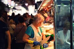 #laboqueria (Seracat) Tags: barcelona street market bcn streetphotography catalonia mercado larambla streetphoto catalunya cinematic marché boqueria mercat streetshot seracat marcserarols