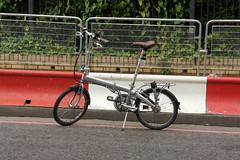 Bickerton (Mrs'icks) Tags: street london bike bicycle sony foldingbike nex bickerton sonynex sonynex5