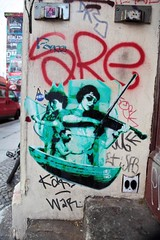 Robi The Dog (bsdphoto) Tags: streetart berlin art kreuzberg deutschland boot musiker kunst menschen urbanart treppe schiff deu geige treppenstufen oranienstrase